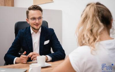 Dlaczego warto skorzystać z usług eksperta finansowego?